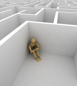 individu-isolé-dans-un-coin